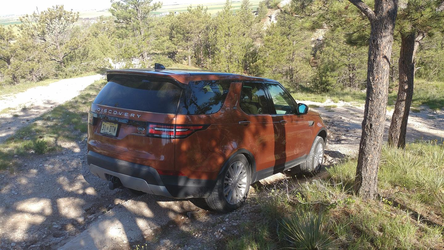 2017 Land Rover Discovery review: Soft on the inside, hard