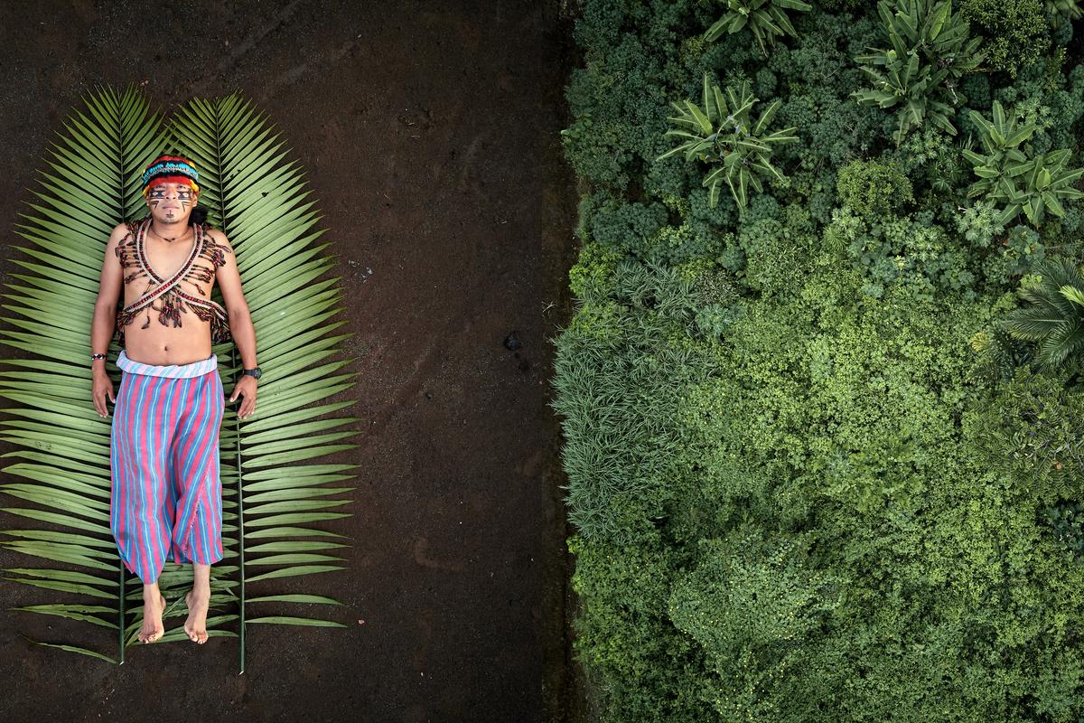 Overall Winner. José is one of the leaders of the Achuar indigenous people in the Sharamentsa community. He defends his rainforest by generating projects in collaboration with external organizations