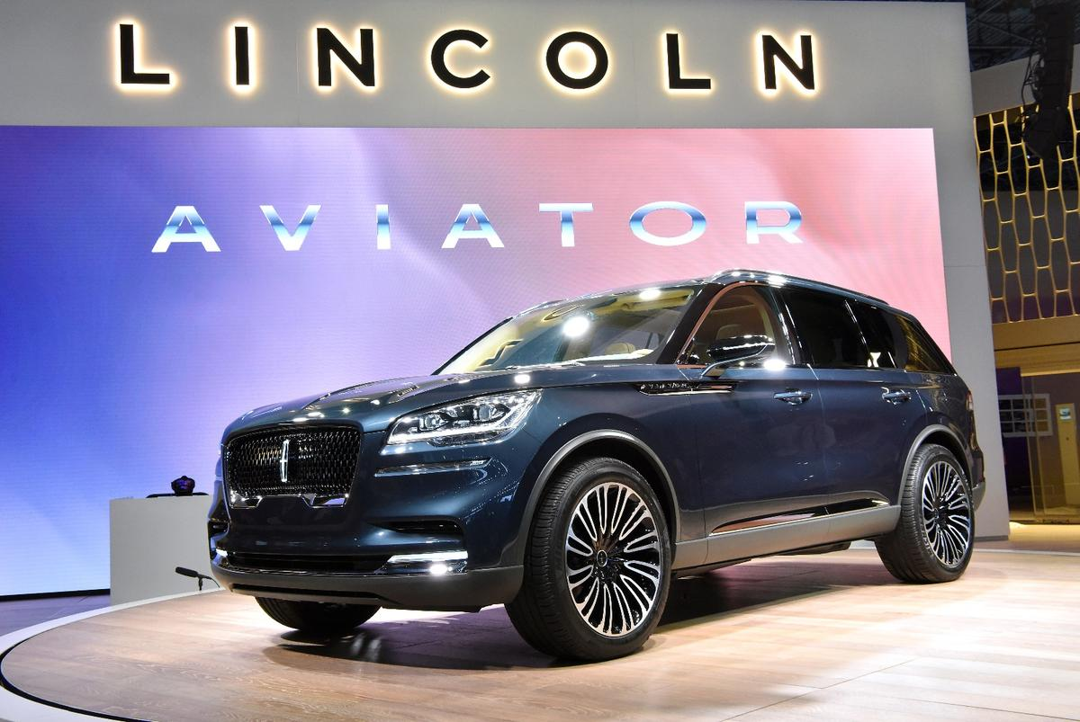 Lincoln debuts the Aviator preview vehicle at the 2018 New York International Auto Show
