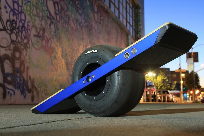 Onewheel self-balancing electric skateboard outed at CES