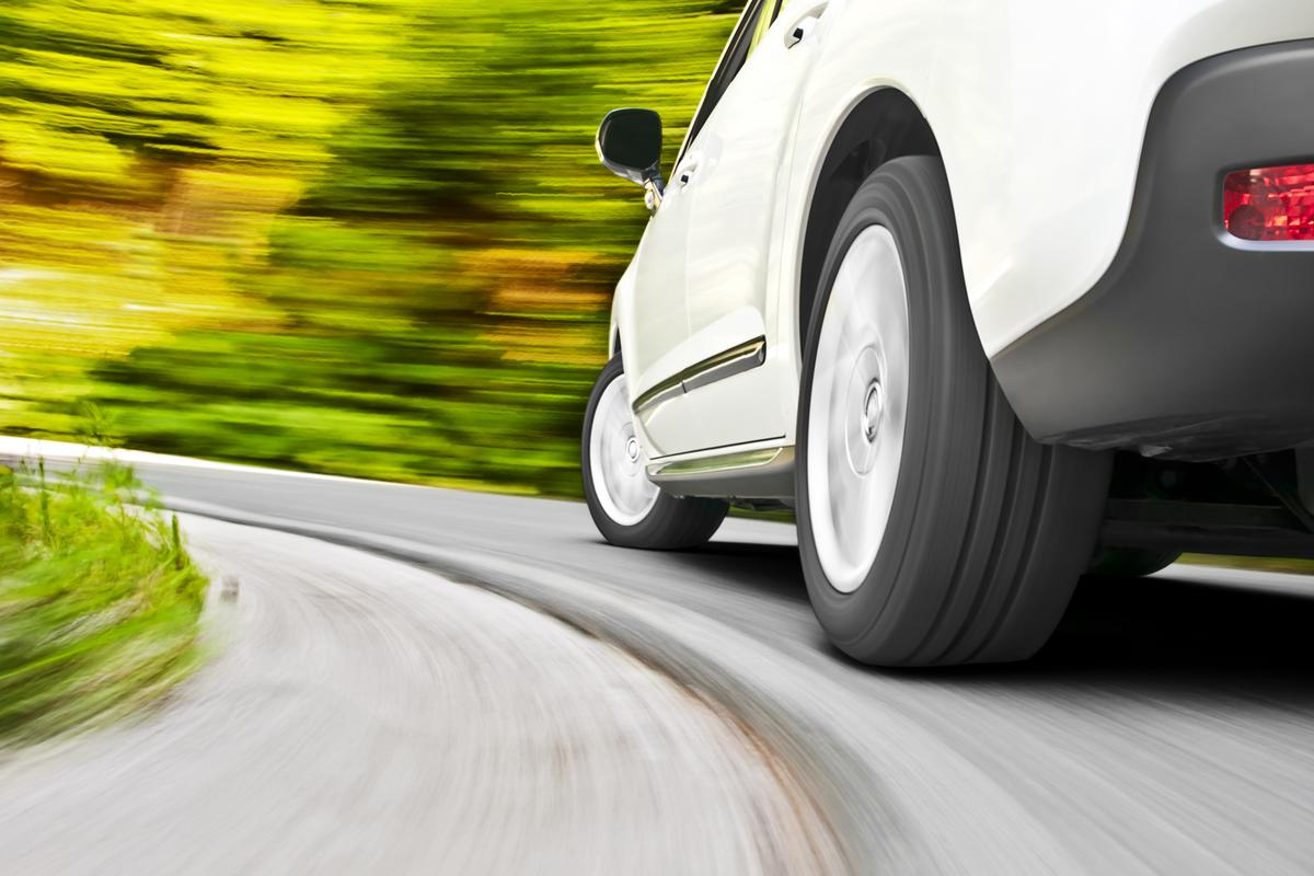 HALOsonic constantly adapts to the changes in vibrations coming from the tires against the road (Photo: Shutterstock)