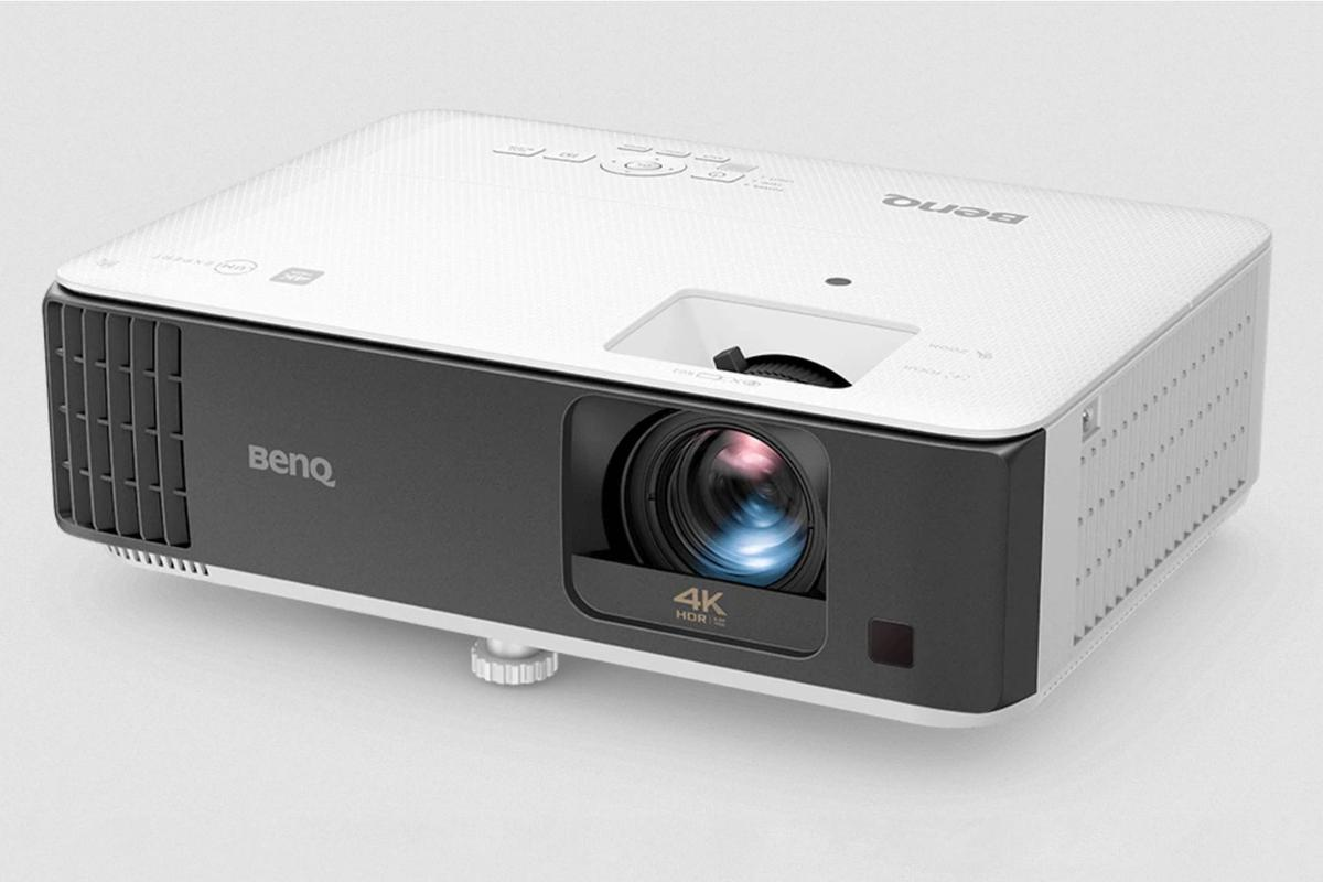 The BenQ TK700STi is said to be the world's first 4K HDR short-throw gaming projector that supports 4K/60 Hz with 16 ms input lag
