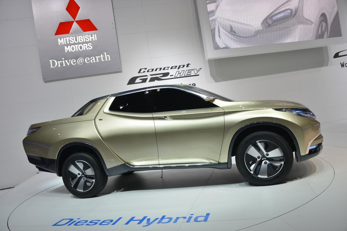 Mitsubishi's distinctive GR-HEV diesel-hybrid pick-up concept