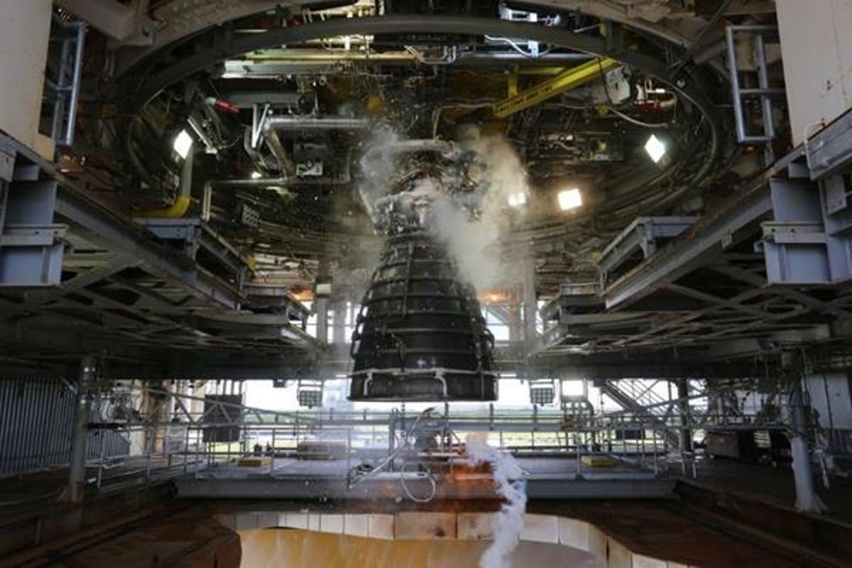 AR-22 engine built by Aerojet Rocketdyne during hot-fire testing at NASA Stennis on June 27, 2018