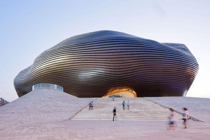 The Ordos Museum is nestled in the sandy deserts of Inner Mongolia (image: MAD)