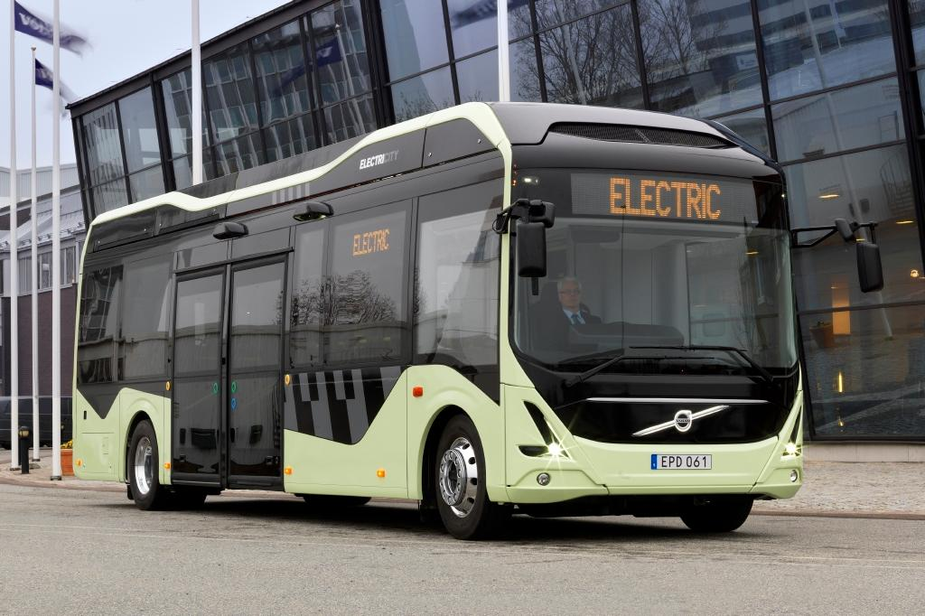 The buses feature power sockets for passengers to recharge their mobile phones, and on-board Wi-Fi