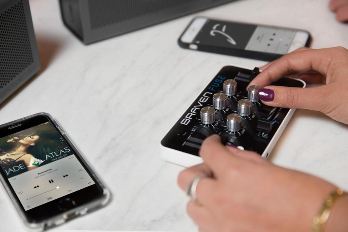 The Fuse can be simultaneously connected to two music source devices and two Bluetooth speakers