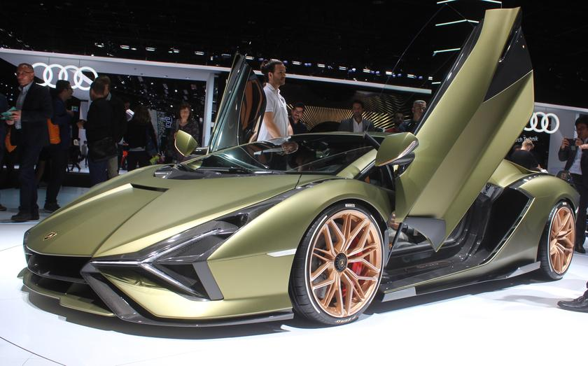 Lamborghini has named the debut model the Sián FKP 37, in honor of Ferdinand K Piëch, the former VW chairman who passed away in August