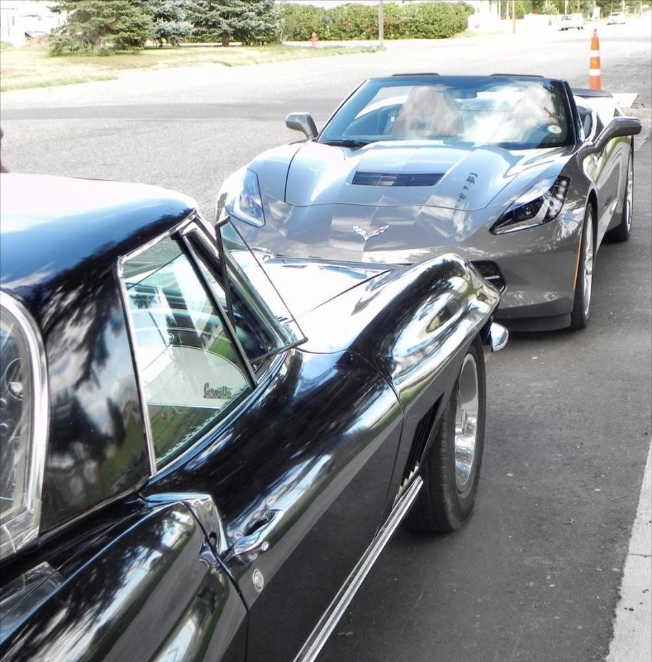 1967 Corvette Stingray and 2015 Corvette Stingray Convertible meet and greet