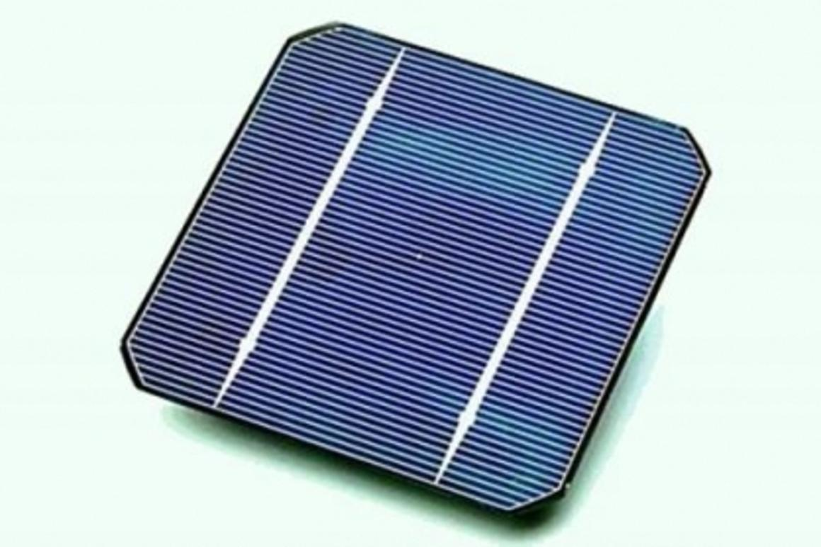 Photovoltaic cell: Large scale solar power plants forge ahead in California