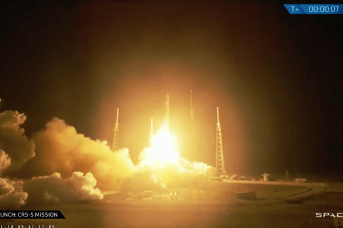 CRS-5 lifting off (Photo: SapceX)