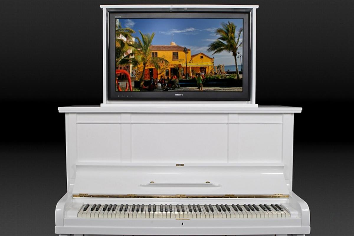 The Mediano TV cabinet is the epitome of taste