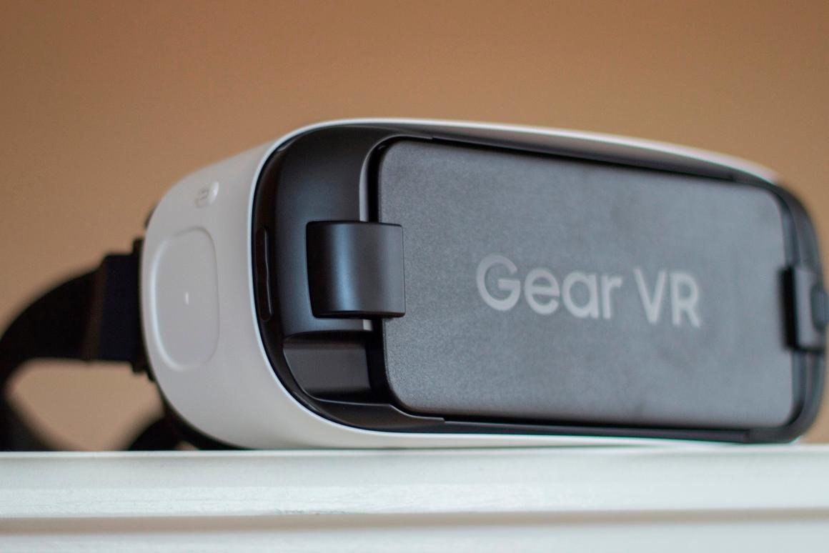 Gizmag revisits the new Gear VR for Galaxy S6 after about a month