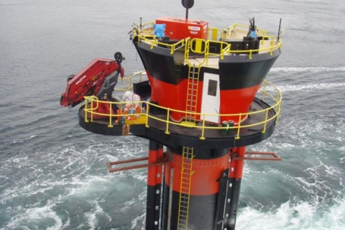 Installation complete: SeaGen tidal energy generator