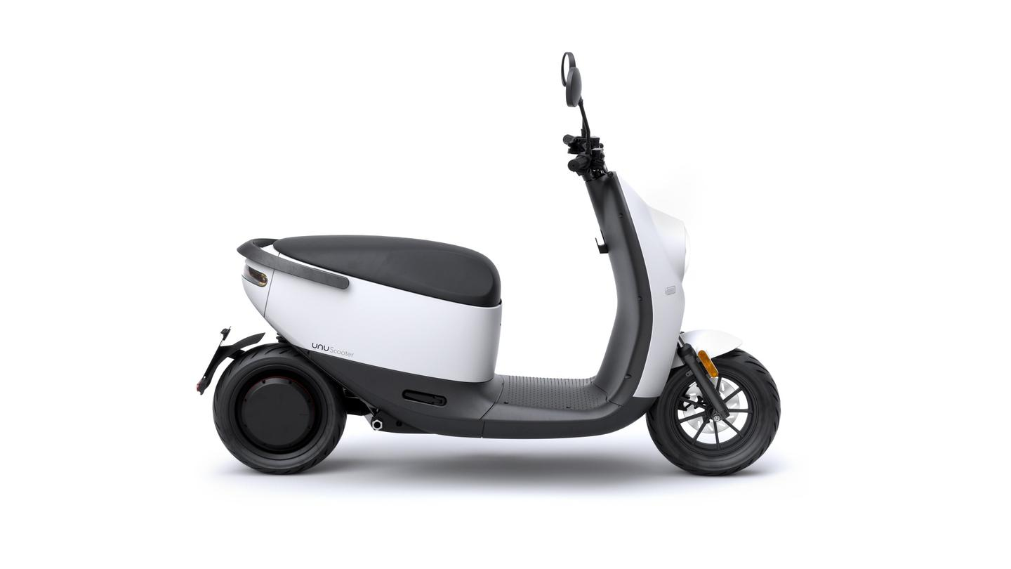 The unu Scooter features a Bosch hub motor for a top speed of 45 km/h