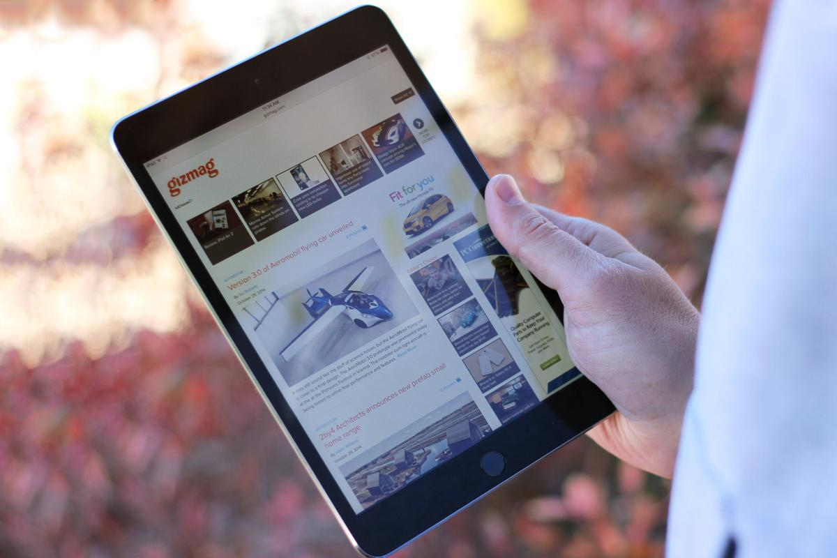 Gizmag reviews the lesser of Apple's 2014 tablets, the iPad mini 3 (Photo: Will Shanklin/Gizmag.com)