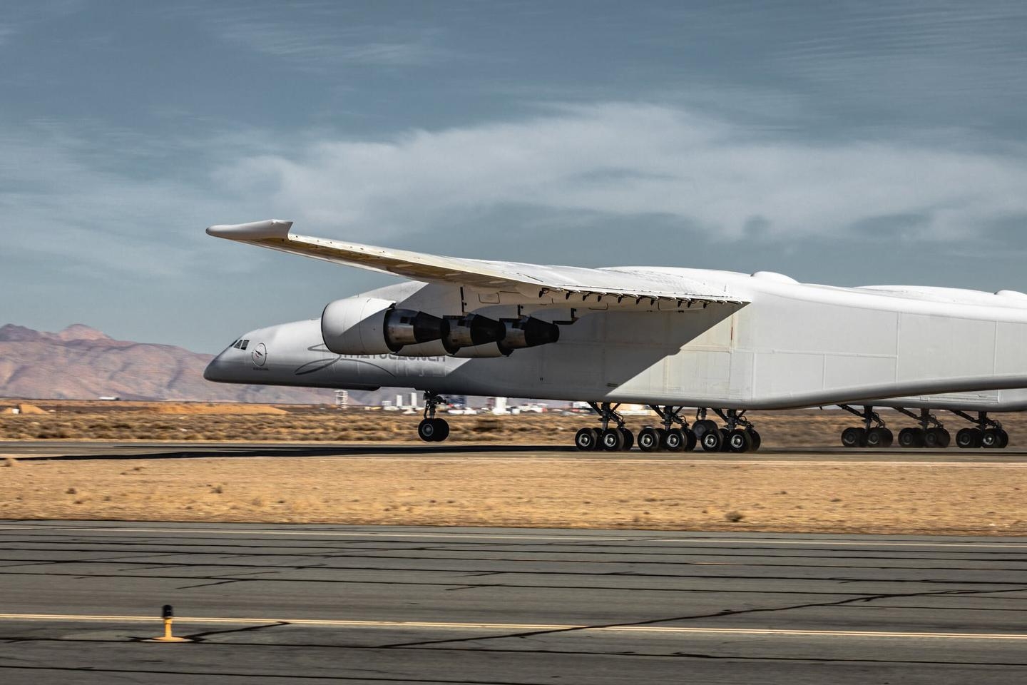 Stratolaunch's massive carrier plane on the runway during earlier testing