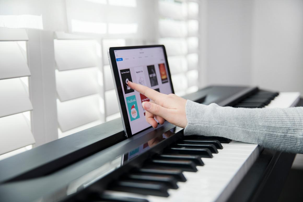 Follow-me piano learning strip smartens up any 88-key piano
