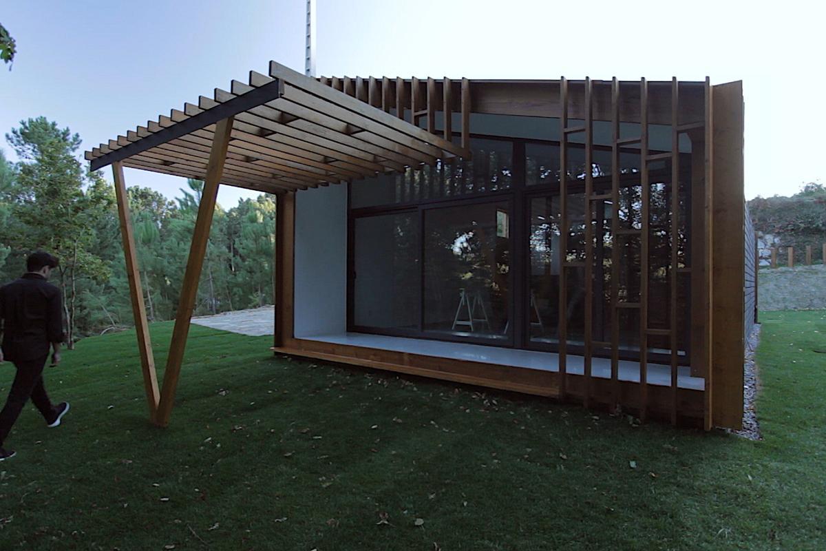 Gomos Modular Home by Samuel Gonçalves é uma das casas montada em três dias