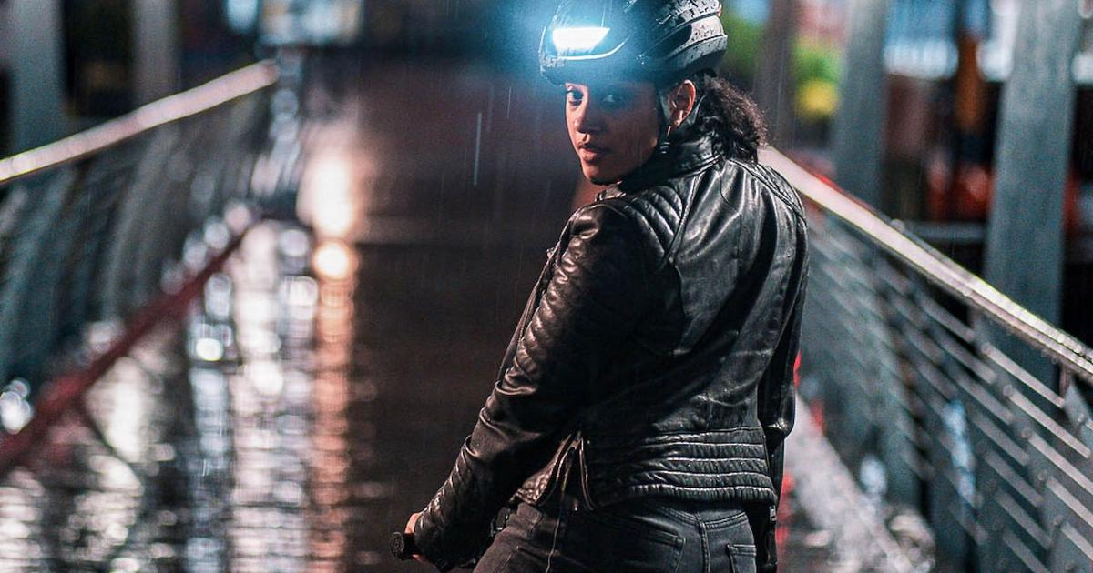Lumos takes a sleeker approach with new Ultra helmet