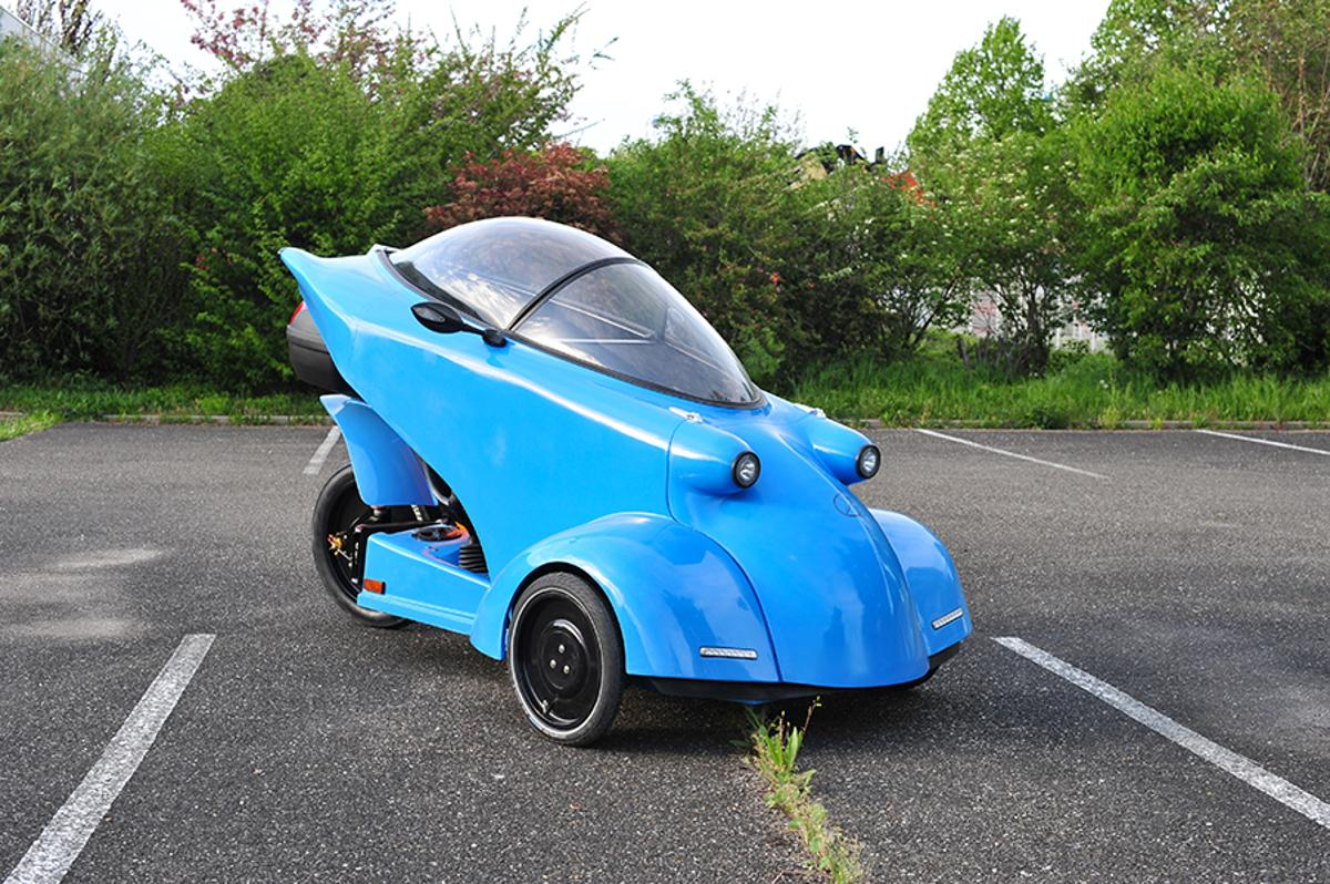 The Messerschmitt KR 25-E was unveiled at last month's Spezi specialty bike show in Germany