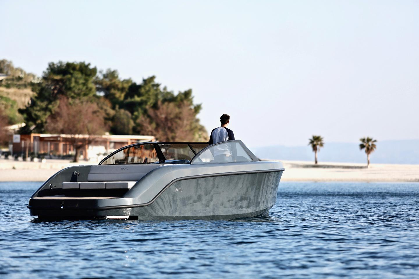 The Leisure 28 Electric has been constructed using recycled plastics and bio-based hybrid materials