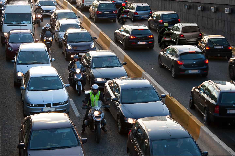 Motorcycle lane splitting: Better for riders, better for