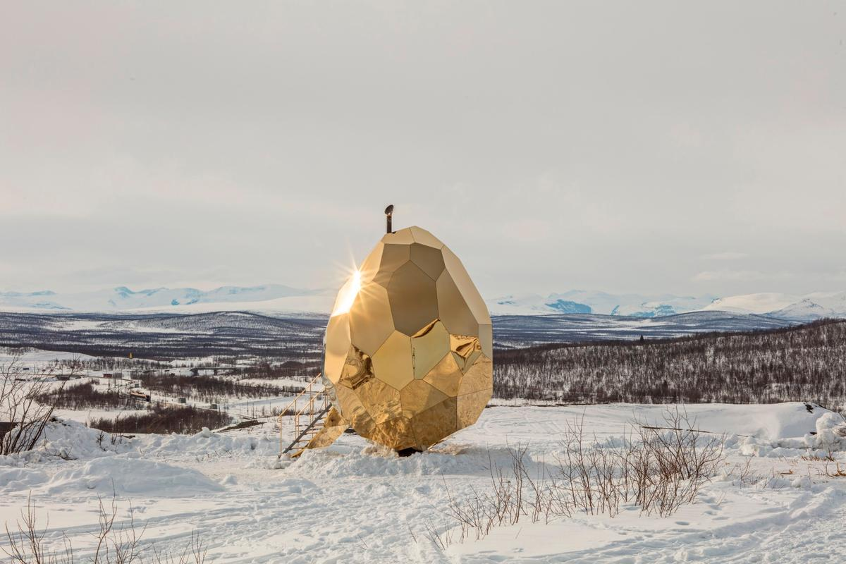 The Solar Egg was designed by Swedish artistic duo Studio Bigert & Bergström
