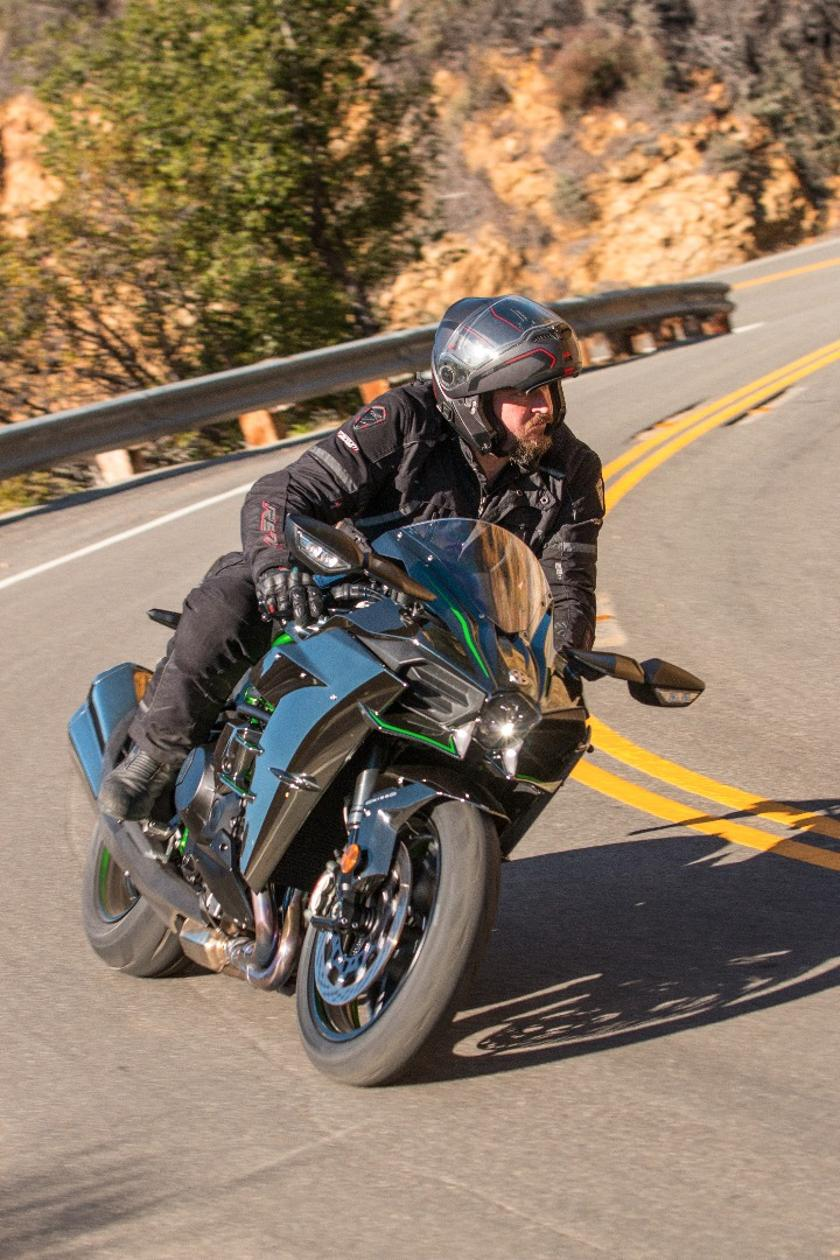 Review: Kawasaki's supercharged H2 is an elegant artwork of
