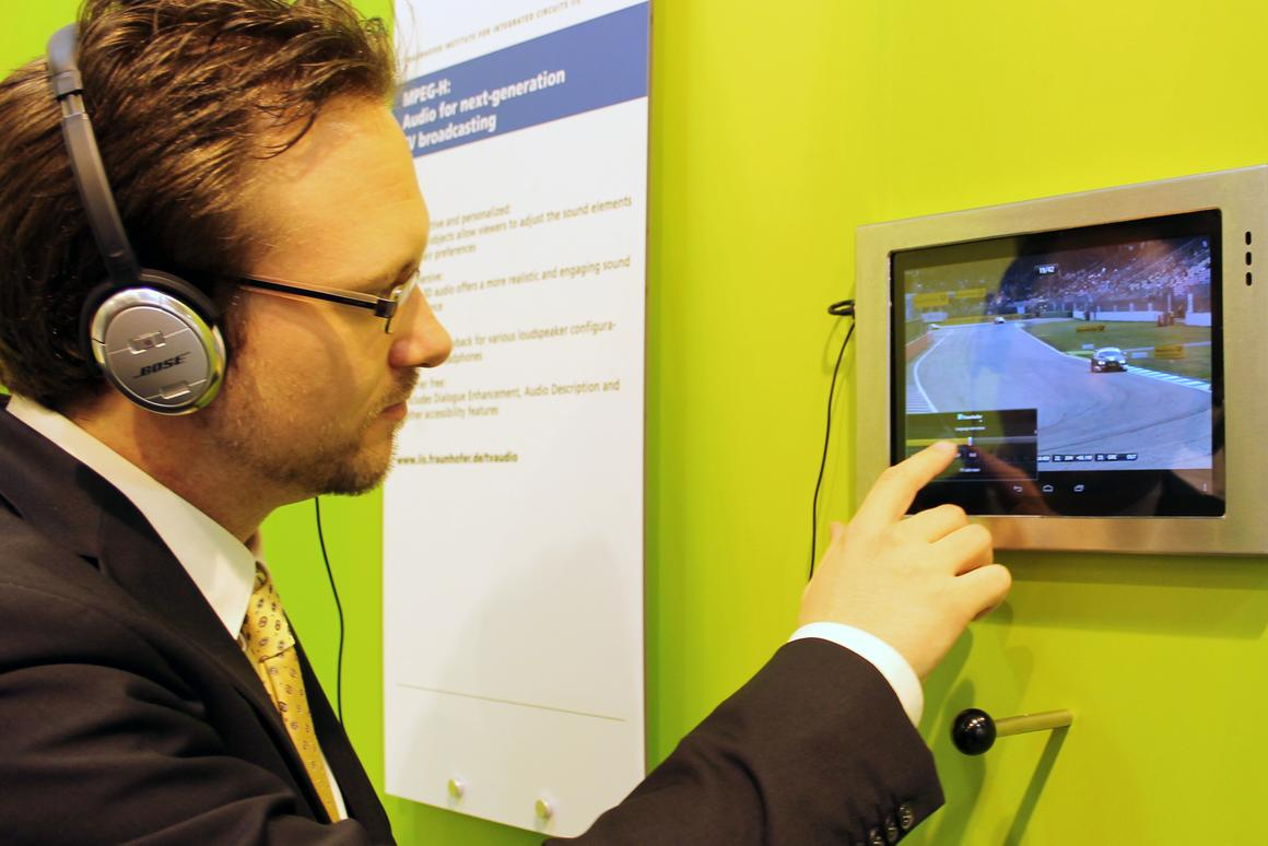 Fraunhofer's Sascha Dick demos the prototype MPEG-H system at IFA 2014 (Photo: Chris Wood/Gizmag)