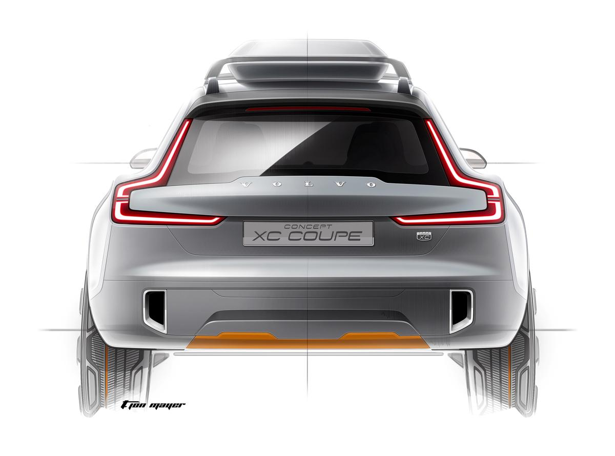 The rear-end shows a continuation of the styling direction of the Concept Coupé