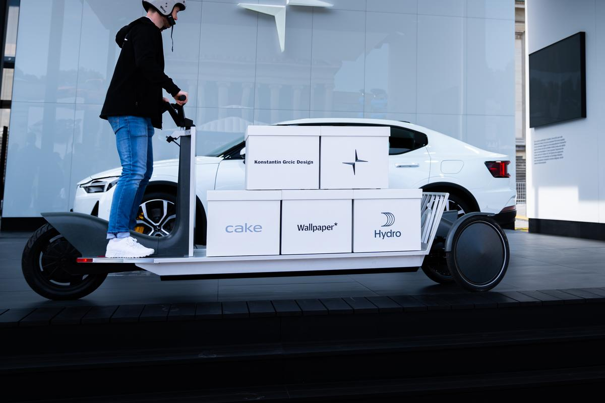 The Re:Move electric cargo mover prototype in action