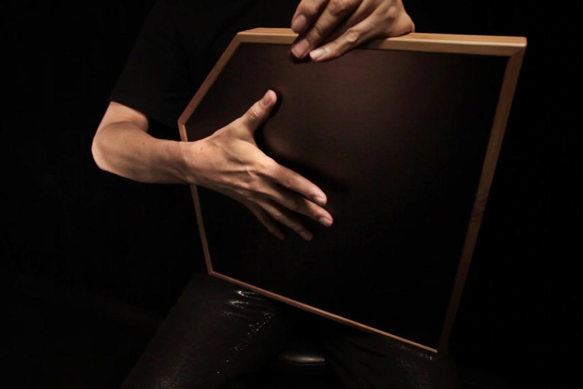 The aFrame can be laid flat on a table or stand, placed on the floor like a cajon or strapped around the neck