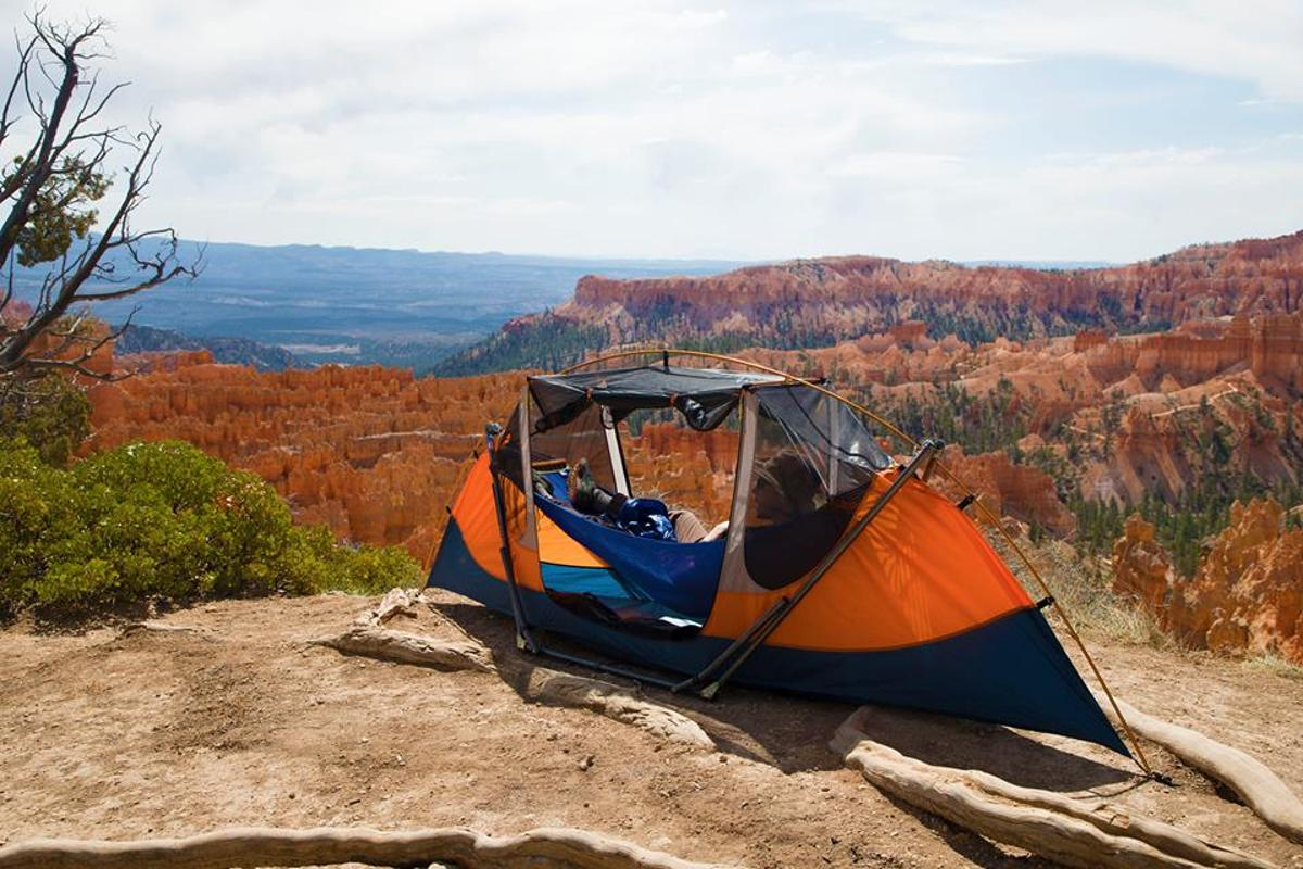 Whether it's the rocky rim of a canyon or the expansive sand of a beach, the Tammock brings hammock camping to places traditional hammocks and tree shelters dare not go