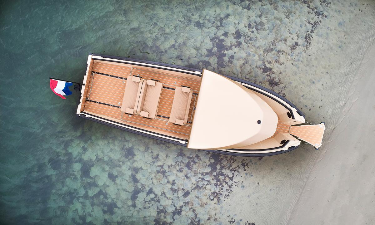 The DC25's bow door makes it easier to walk right onto shore
