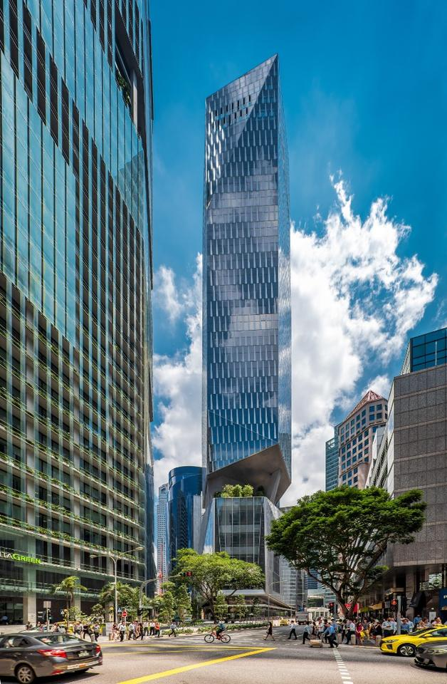 Robinson Tower rises to 175 m (574 ft)-tall