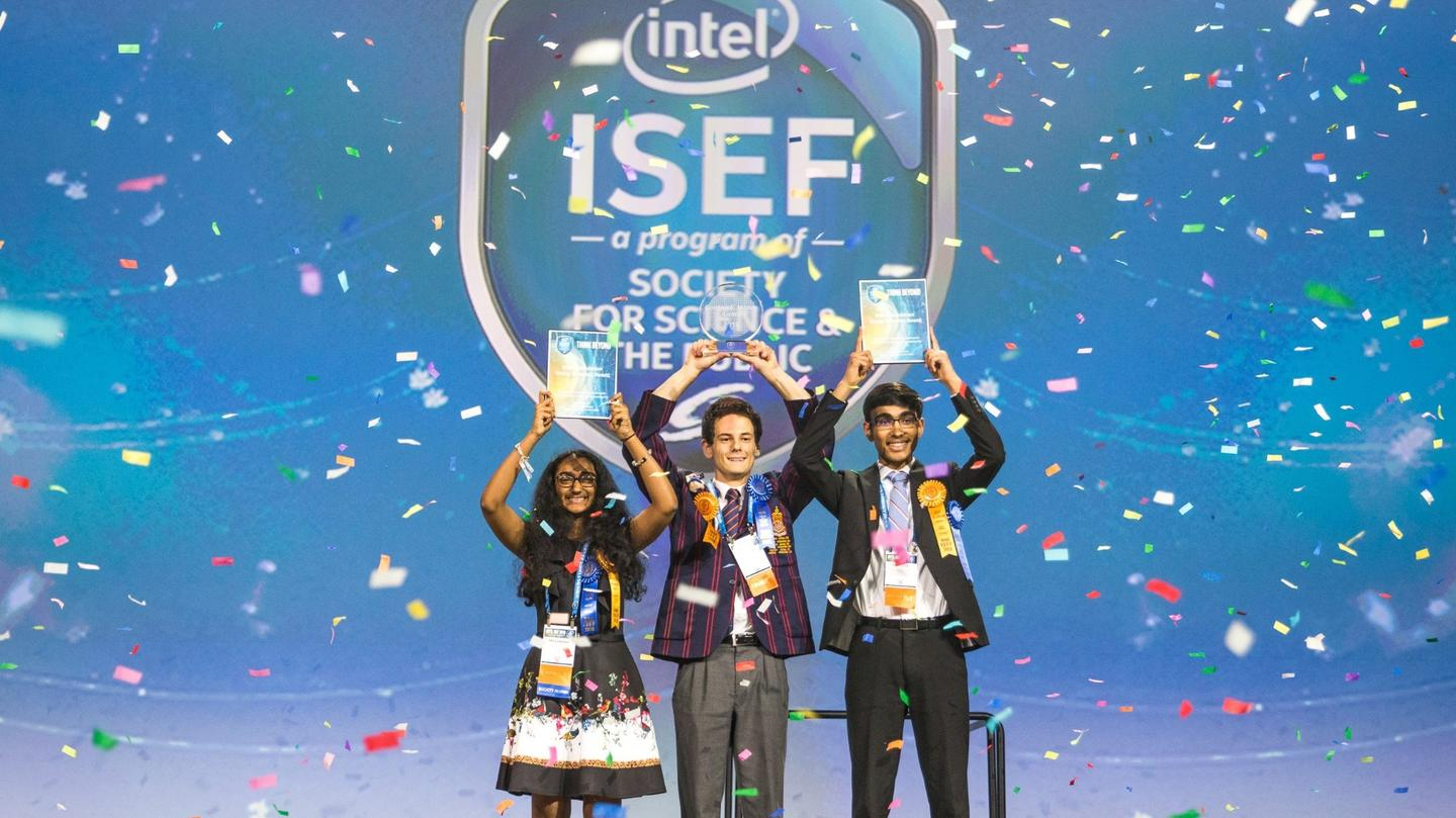 ISEF winners: Oliver Nicholls of Sydney, Australia (middle), Meghana Bollimpalli of Little Rock, Arkansas (left) and Dhruvik Parikh of Bothell, Washington (right)