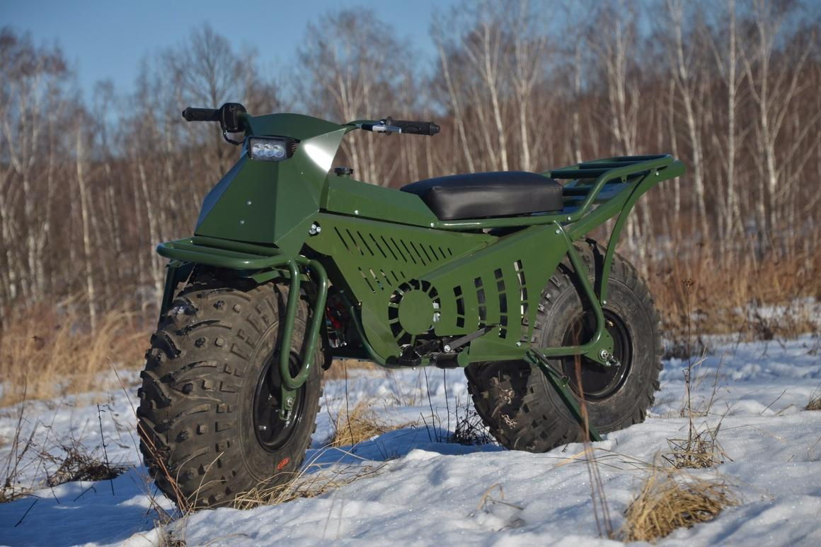 Taurus 2x2:12-inch wide, 25-inch diameter fat wheels provide traction and suspension