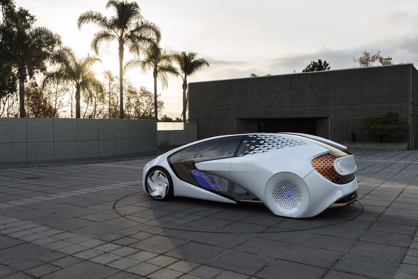The ToyotaConcept-iemploys a highly conceptual,futuristic look with lots of glass and faired rear wheels