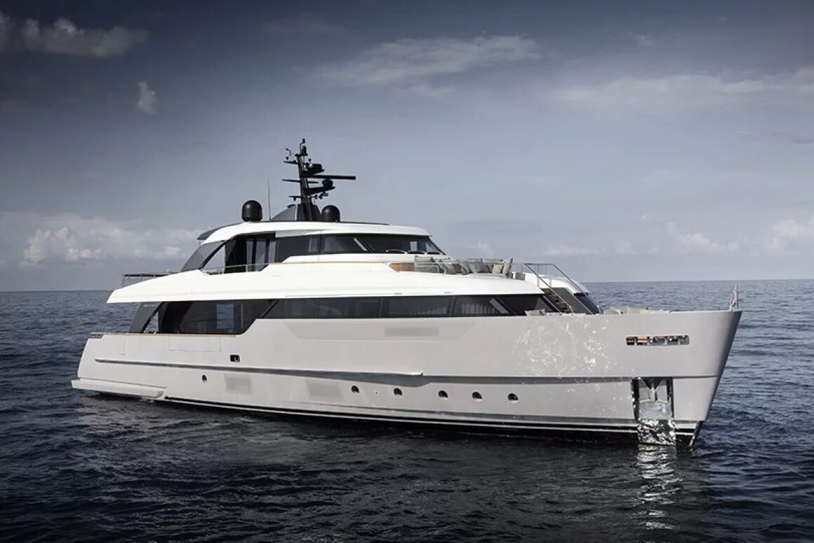 Italian shipping yard Sanlorenzo has recently revealed its new entry-level SD96 28 meter, two-deck yacht