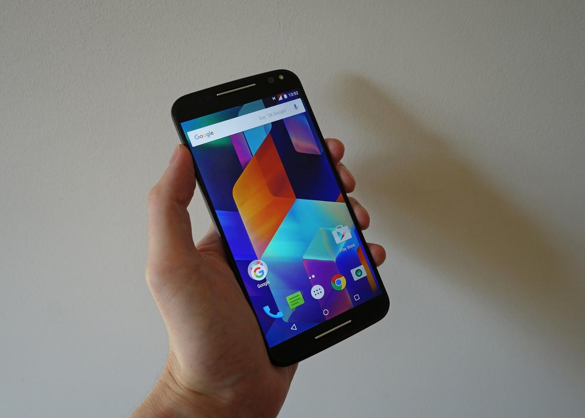 The Moto X Style/Pure Edition tries to hit the perfect balance of specs and price