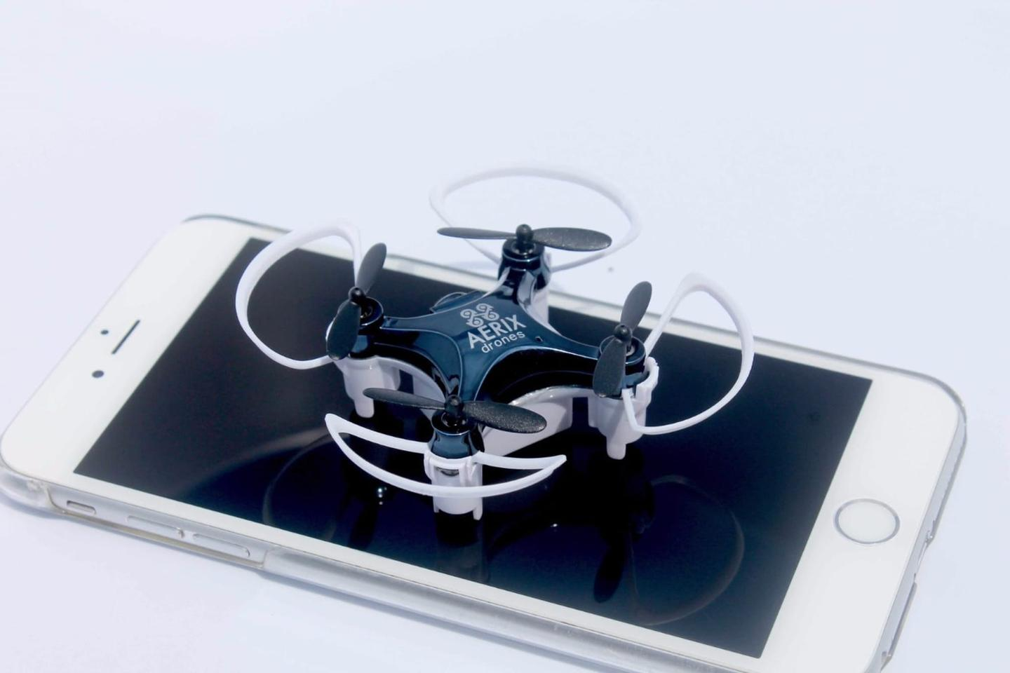 The Vidius VR drone pairs with a tablet or smartphone from 100 ft (30 m) away