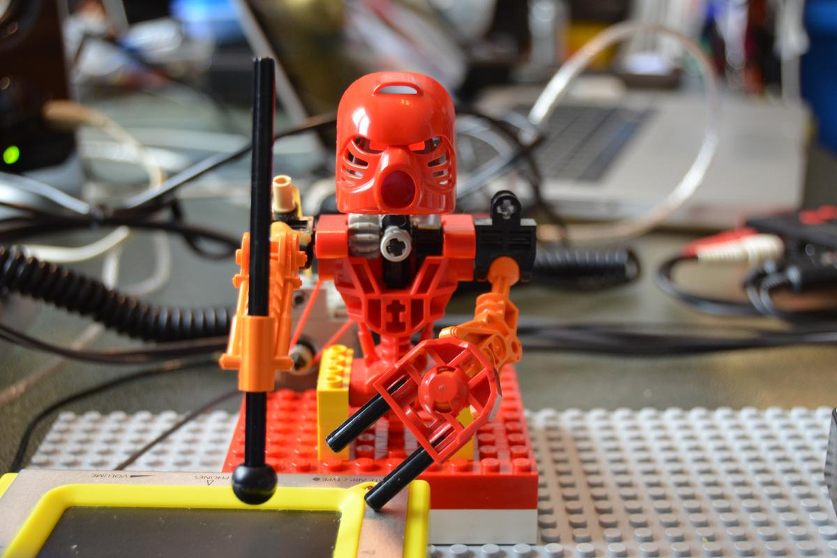 An Italian music producer created the Toa Mata Band out of tiny robotic LEGO figures programmed to play a variety of instruments