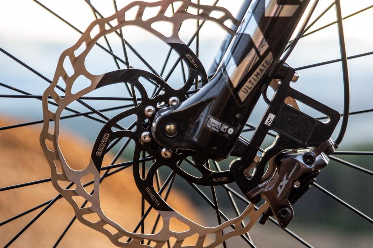 The BrakeAce device replaces the bike's existing brake adapter