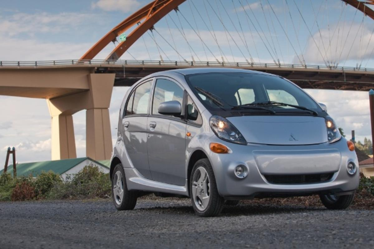 The more-affordable 2014 Mitsubishi i-MiEV