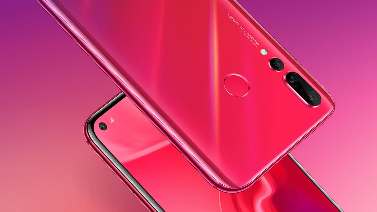 Get used to the hole punch display seen on the Huawei Nova 4– you're going to be seeing a lot more of it