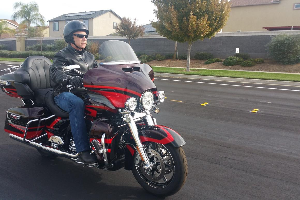 Review: 2017 Harley Davidson CVO Limited puts V-Twin world
