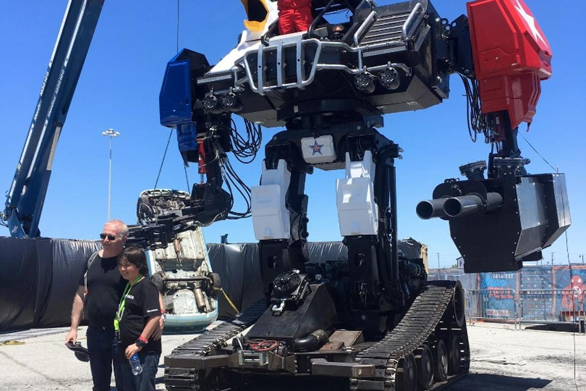 MegaBots Mk.III: 16 feet  and 12 tons of American anger