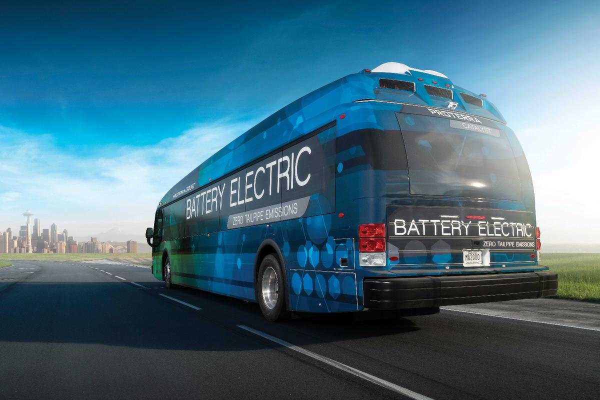 Proterra's new drivetrain gives its Catalyst E2 max bus with an efficiency of 26.1 MPGe