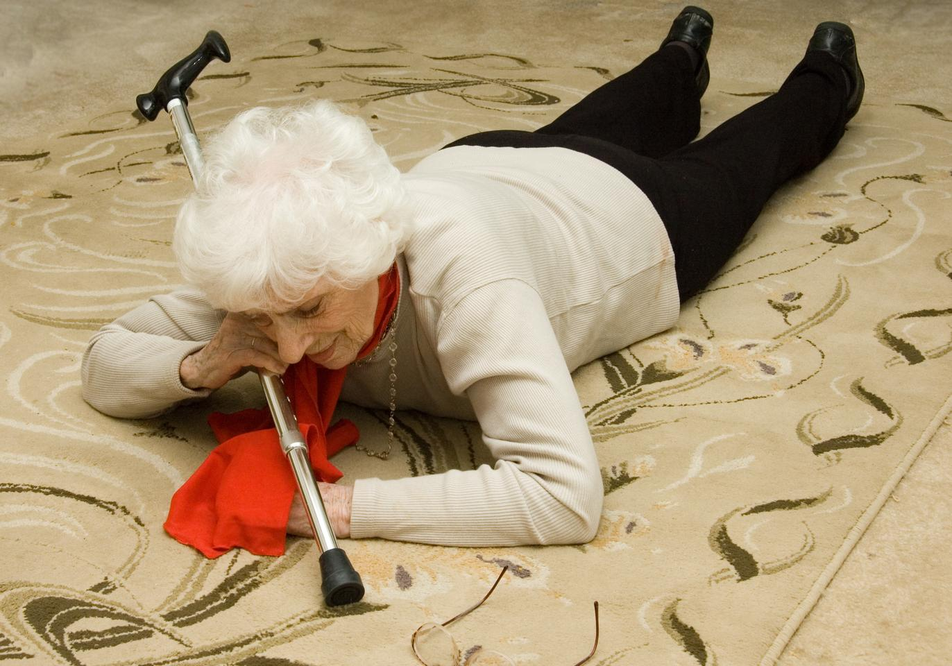 safe@home detects seniors' falls, and contacts people who can help (Photo: Shutterstock)